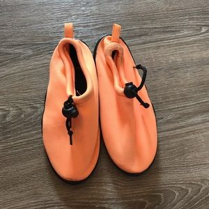 ***3 for $10*** Water shoes. used. Kids size 1